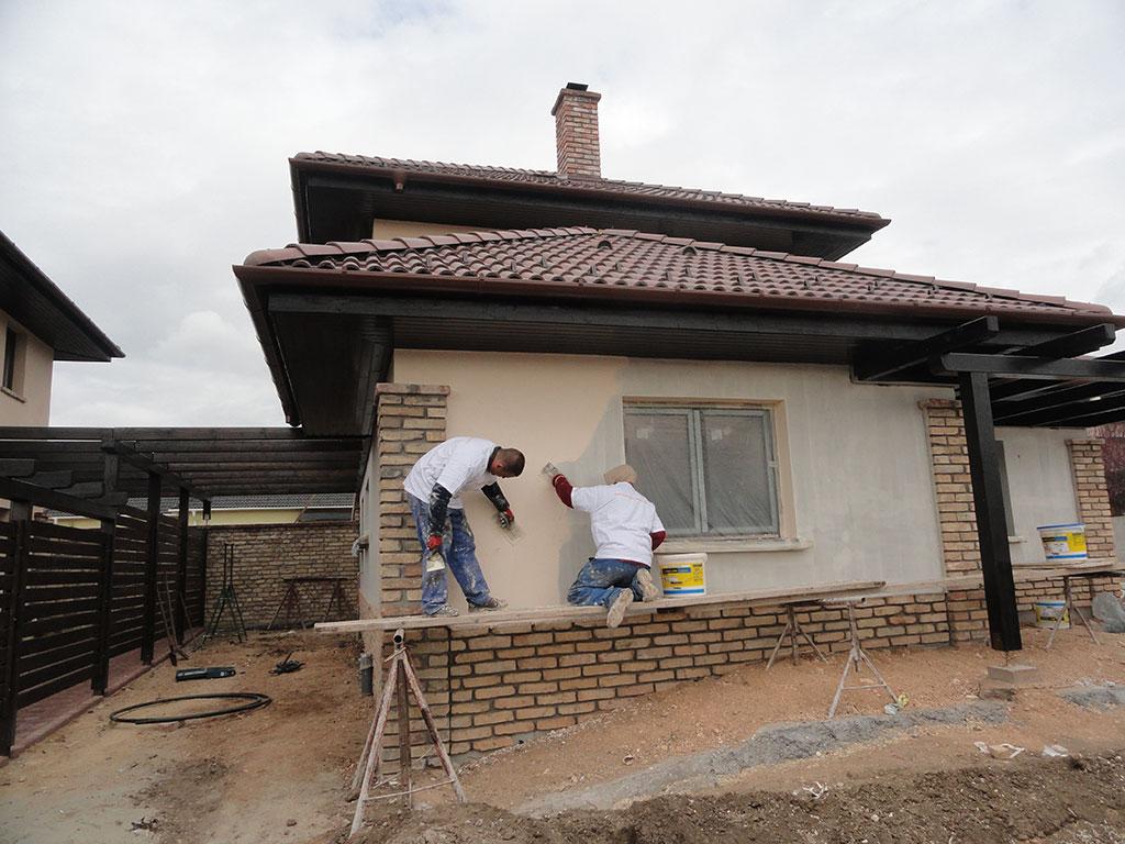 Családi ház külső vakolása